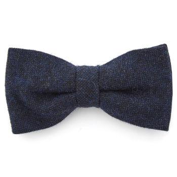 Pajarita de lana azul marino