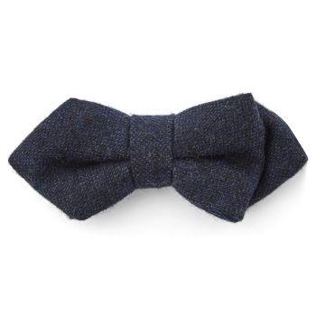 Pajarita puntiaguda de lana azul marino
