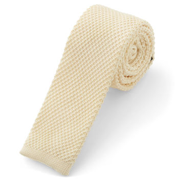 Corbata de punto blanca