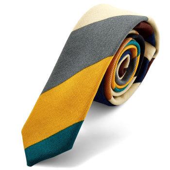 Corbata multicolor de rayas