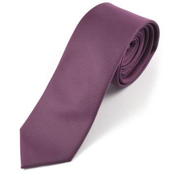 Corbata magenta hecha a mano