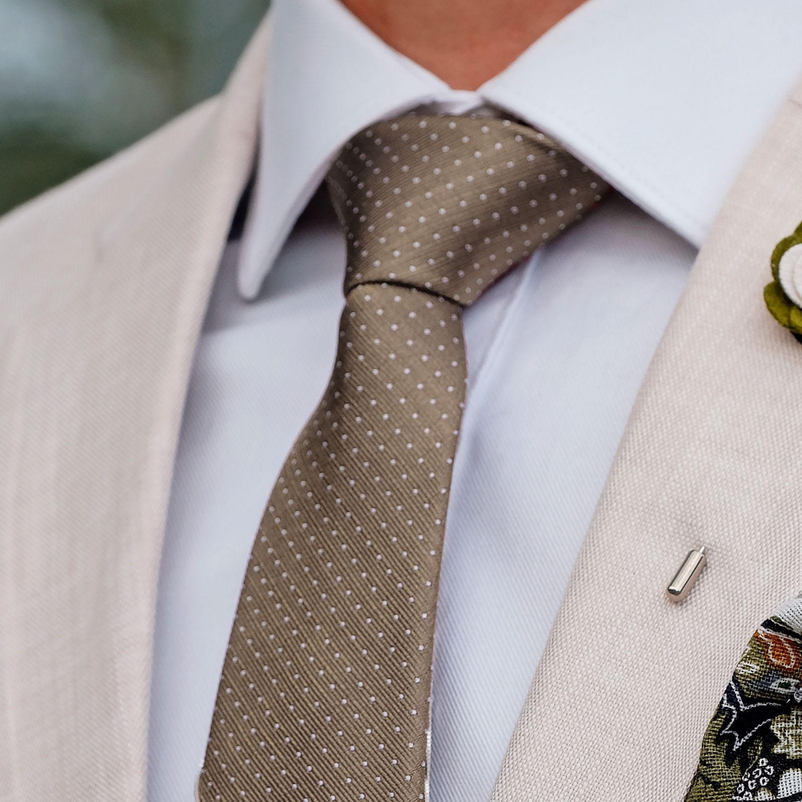 Green Polka Dots Necktie Lapel Pin Trendhim iHUT09r2A