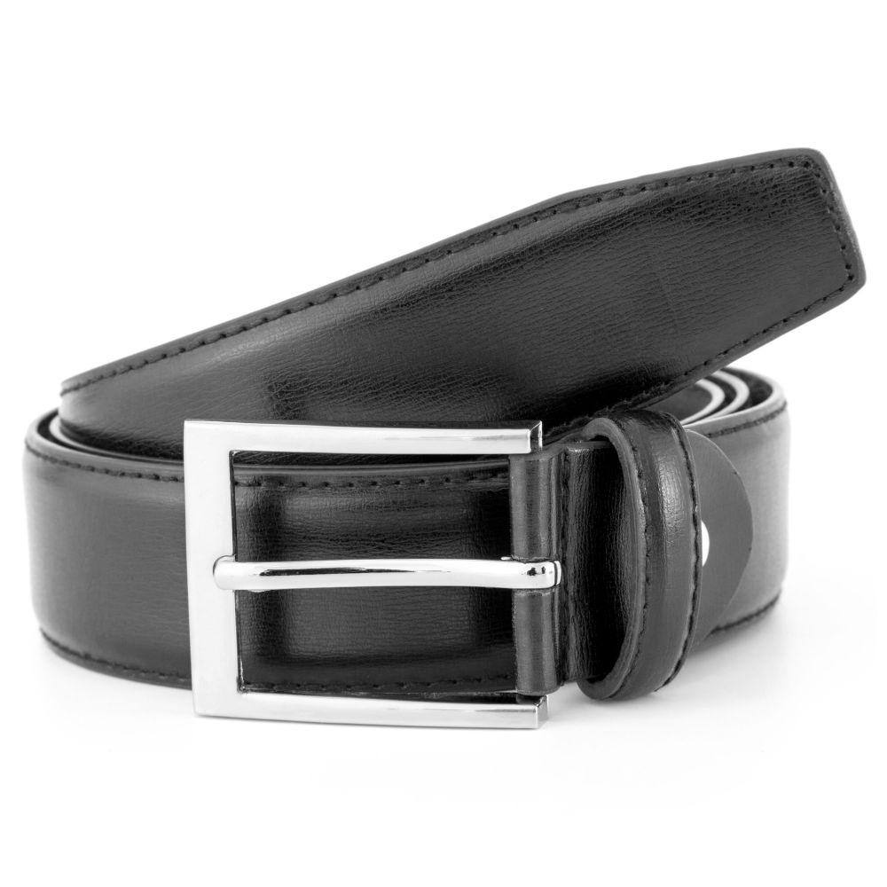 c315a55c154 Cinturones. Cinturón básico de piel negra con hebilla plateada