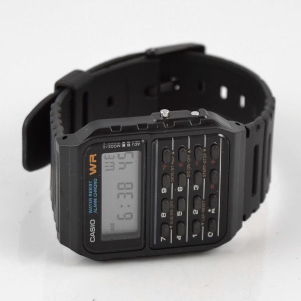 Taschenrechner Armbanduhr  3704afa8fa