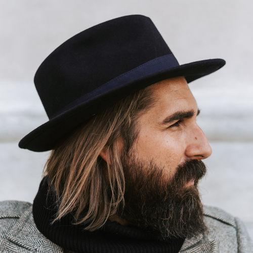 A megjelenést összeállító termékek megvásárlása. Fido Alessandria kék  gyapjú fedora kalap ... ab7d9103d1