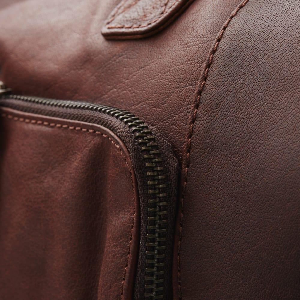 4a36b8825fda Oxford Classic barna bőr sporttáska | Ingyenes kiszállítás | Lucleon