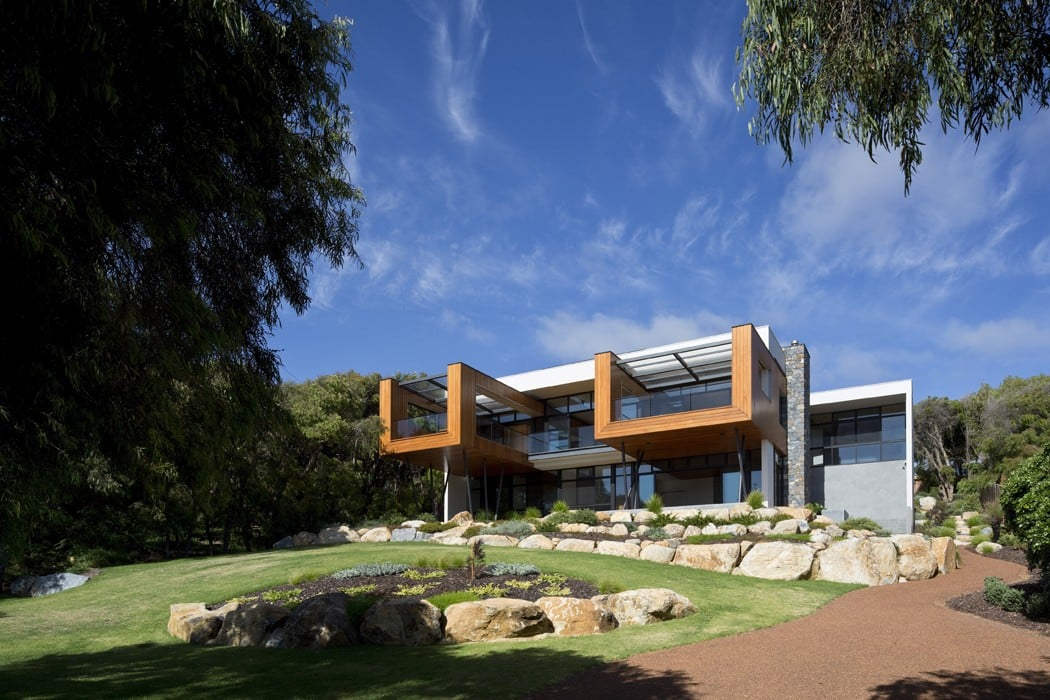 Flinders Bay Beach House 01
