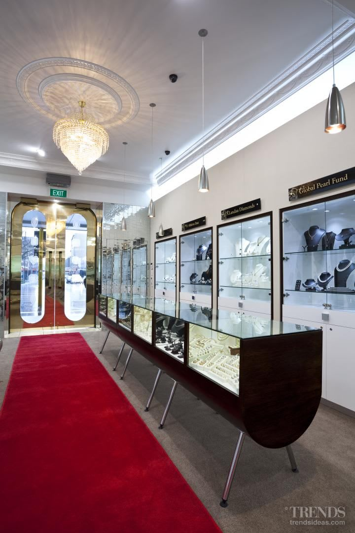 Jewel of the mile – Anna Webster jewellery - interior finishes by Yellowfox