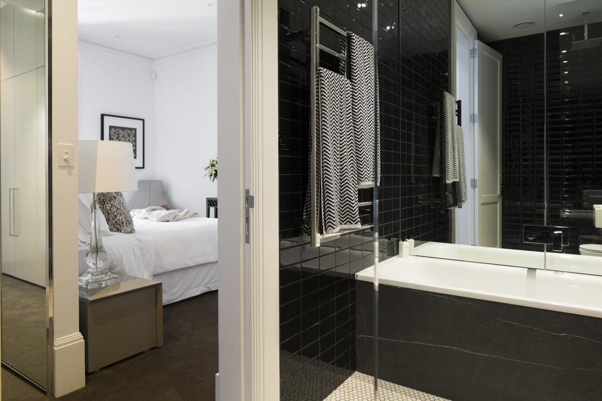 Terrace House Bathroom 01