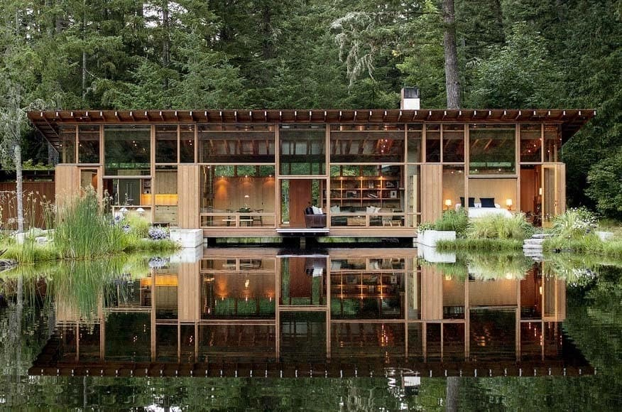 Floating Home 01