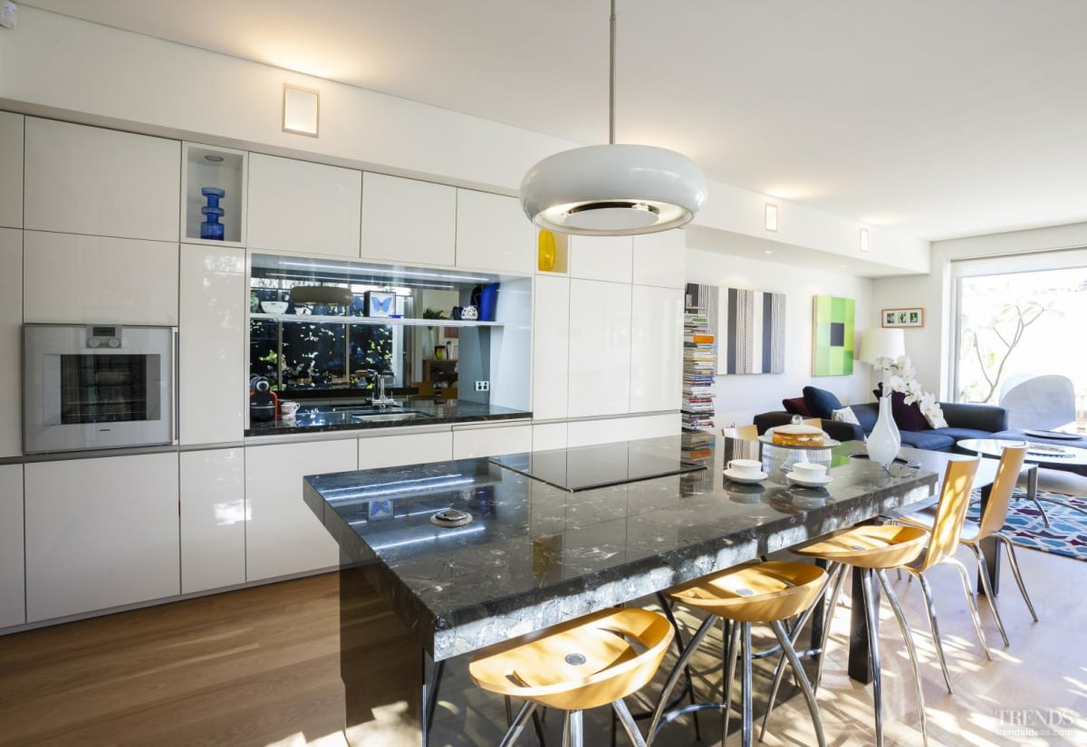 Front to back – new house by designer Jane Agnew