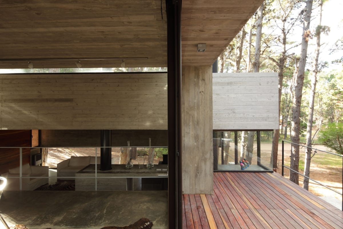 The architects carefully integrated a deck, running it up to the edge of the home