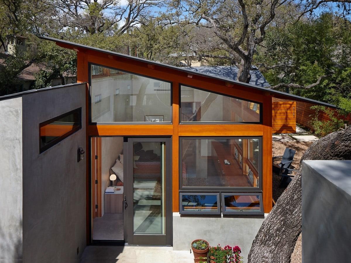 Unique windows follow the roofline