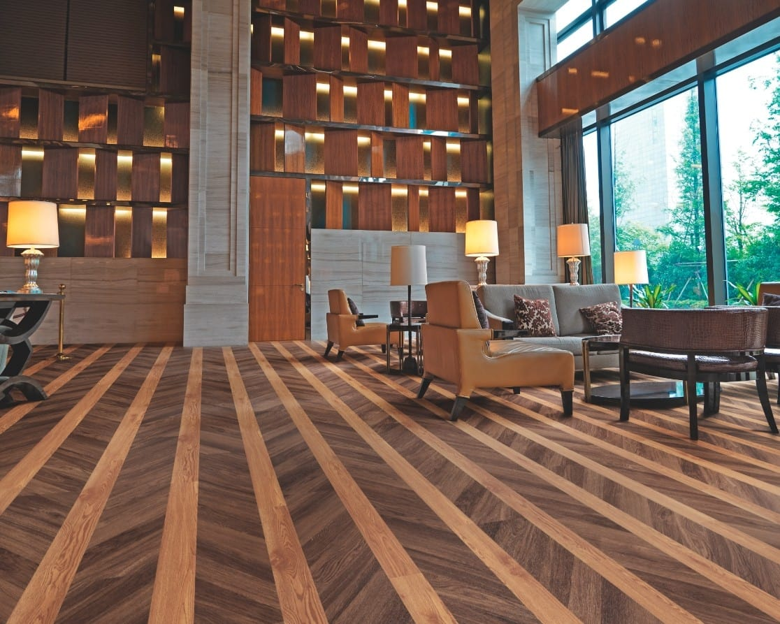 Polyflor Expona Commercial PUR is ideally suited to heavy commercial areas within the retail, leisure, office, education and healthcare sectors, plus other areas with heavy traffic