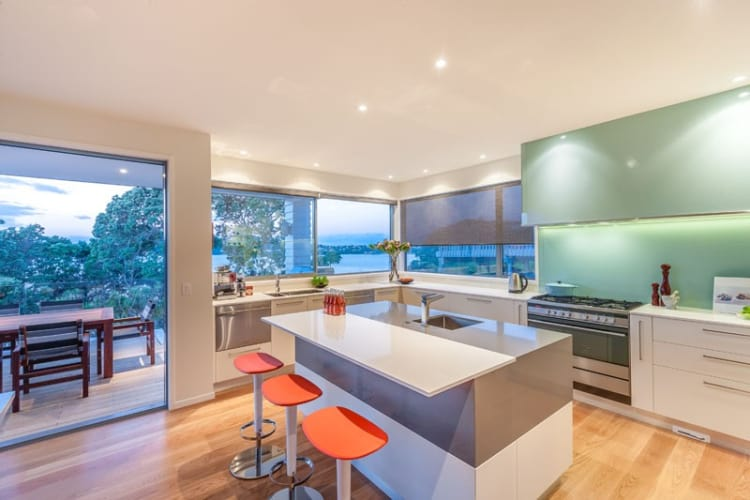 Tropical Whangaparoa Kitchen by Du Bois Design