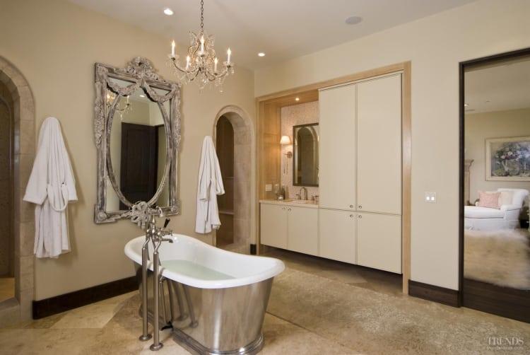 Contemporary classic – Italian-style villa bathroom remodel by Martin Horner