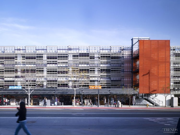 Part of the city fabric – New facade to Gehry-designed car park building