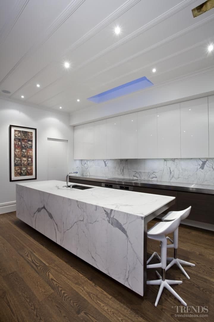 On the face of it – modern classic kitchen designed by Morgan Cronin