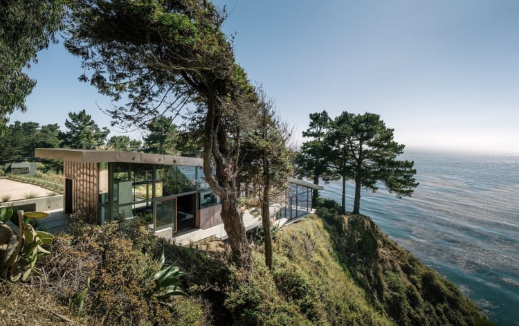 This three-bedroom home, on Big Sur's spectacular south coast, is anchored in the natural beauty and power of this California landscape