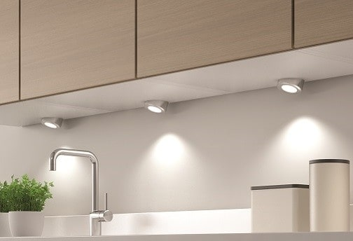 Innovative Smally LED Spotlight: No Dots Plus Plug & Play For Easy Removal
