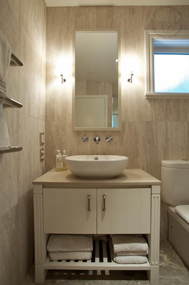 Cape Cod Bathroom