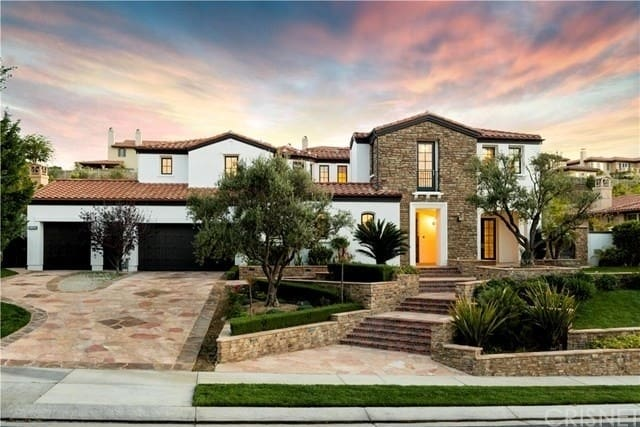 Kylie Jenner's First Home Is Up For Sale
