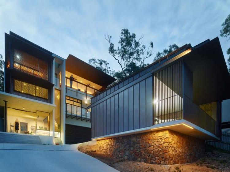 Cliffside Artistic Home