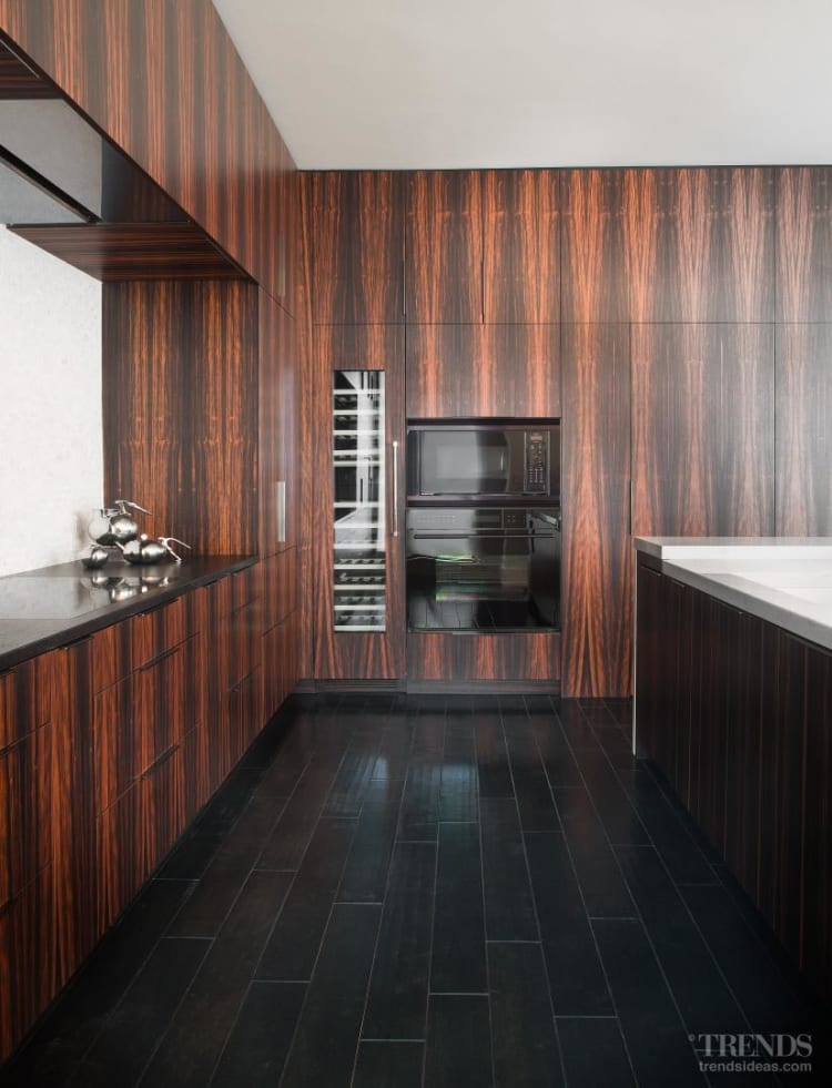 Apartment with eclectic designs and finishes by Michael Habachy