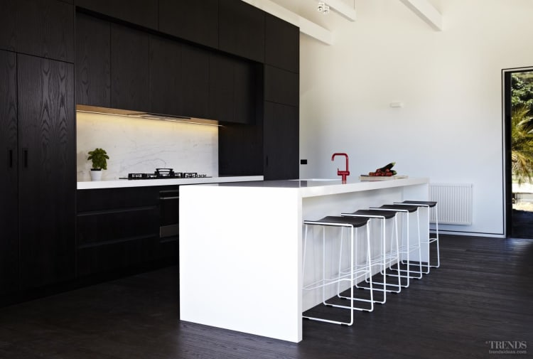 Superior Contemporary Black And White Kitchen With Dark Stained American Oak And White  Lacquer
