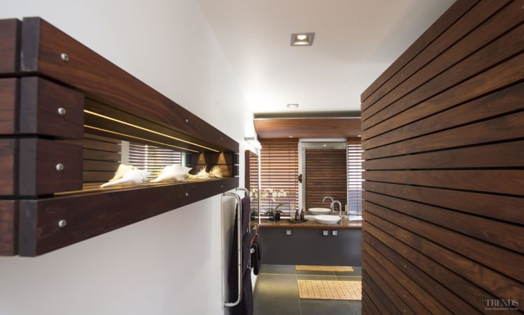 Resene Colorwood Mahogany a feature in Pacific-style bathroom