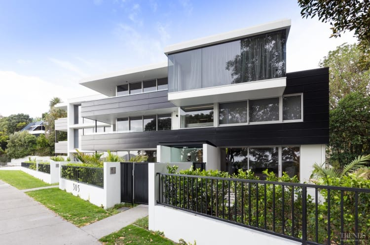 Luxury black and white apartments by Julian Guthrie Architecture
