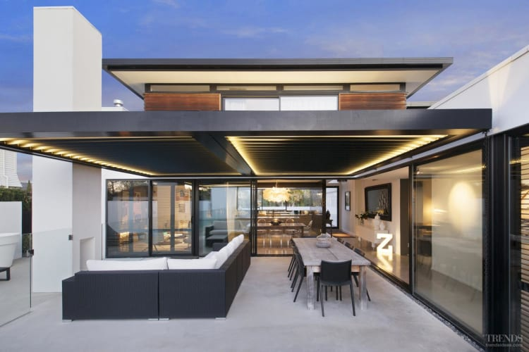 Contemporary home in clean lined geometric forms has great indoor outdoor flow