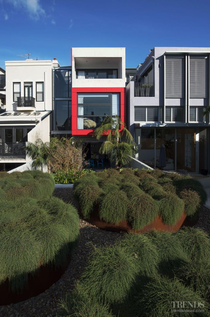 Heritage home is transformed by modern addition at the rear