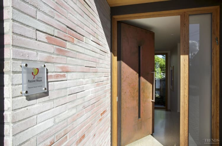 Airtight solution – the first vertified passive house in New Zealand by Darren Jessop