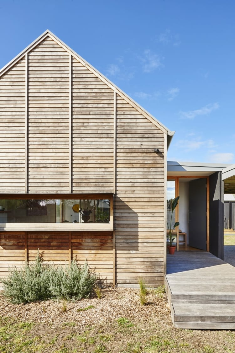 The timber cladding is sourced regenerative sugar gum, milled by a sustainable farmers co-operative
