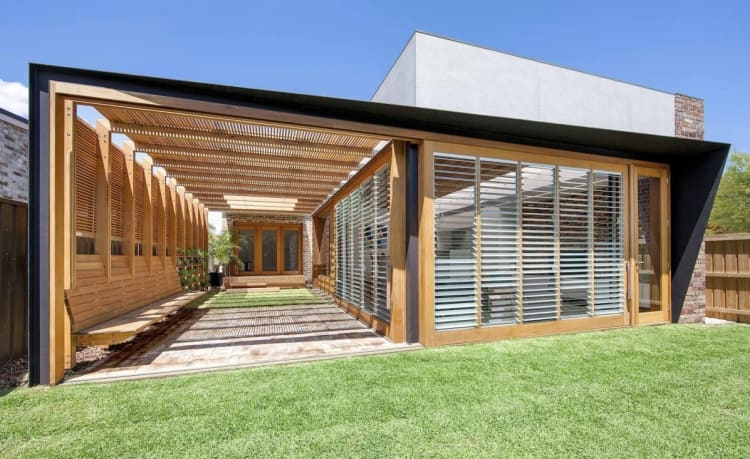 Sliding doors can turn indoors into outdoors