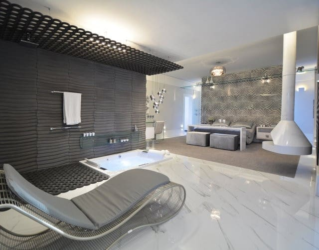 The Valchromat-provided materials in this room create a look that's both elegant and luxurious