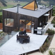 Optimising the outlook while not detracting from the architecture, backyard, cottage, home, house, real estate