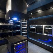 Italian designed appliances by Eisno Lifetech - Italian interior design, lighting, black