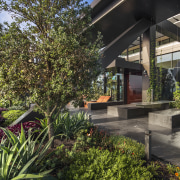 The cantilevered Sky Garden at Level 29 of architecture, courtyard, estate, garden, home, house, outdoor structure, plant, property, real estate, roof, tree, black