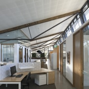 The cellular academic offices of the Sustainable Buildings ceiling, daylighting, house, interior design, real estate, roof, gray