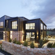 Recycled brick adds to the semi-industrial aesthetic of