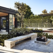 Hard and soft landscaping helps compartmentalise areas of