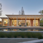 This modern ranch house by Malcolm Davis Architecture