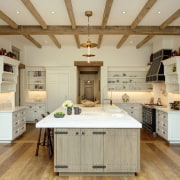 Beadboard splashbacks connects with the finish on the