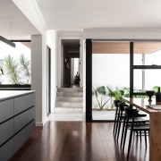 The space had to embrace an indoor-connection, feel