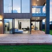The main deck wraps around the corner of