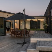 Between the two wings lies a courtyard for