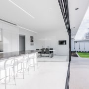 ​​​​​​​The big picture – this white kitchen by architecture, house, interior design, indoor, outdoor flow,  Emma Morris, Enternodesign