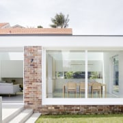 ​​​​​​​Transparent agenda – this contrasting extension to a architecture, home, house, residential area, extension, Studio Prineas